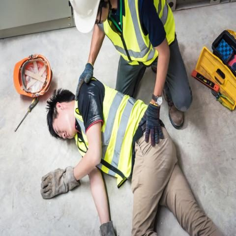 https://www.contractorcover.com.au/wp-content/uploads/2019/10/Electric%20Insurance-480x480.jpg