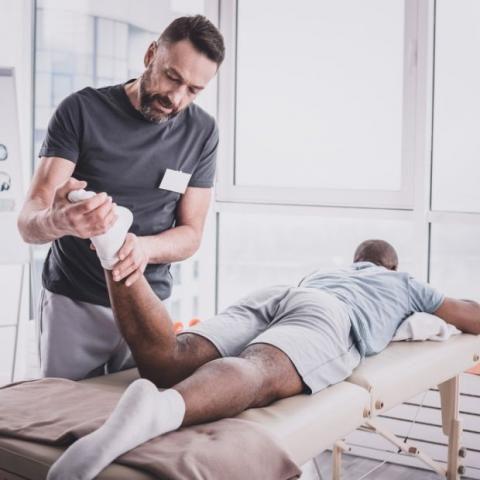https://www.contractorcover.com.au/wp-content/uploads/2019/10/Massage%20Therapist%20Insurance-480x480.jpg