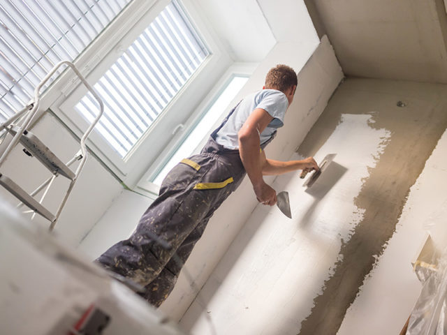 https://www.contractorcover.com.au/wp-content/uploads/2019/11/plasterer-640x480.jpg